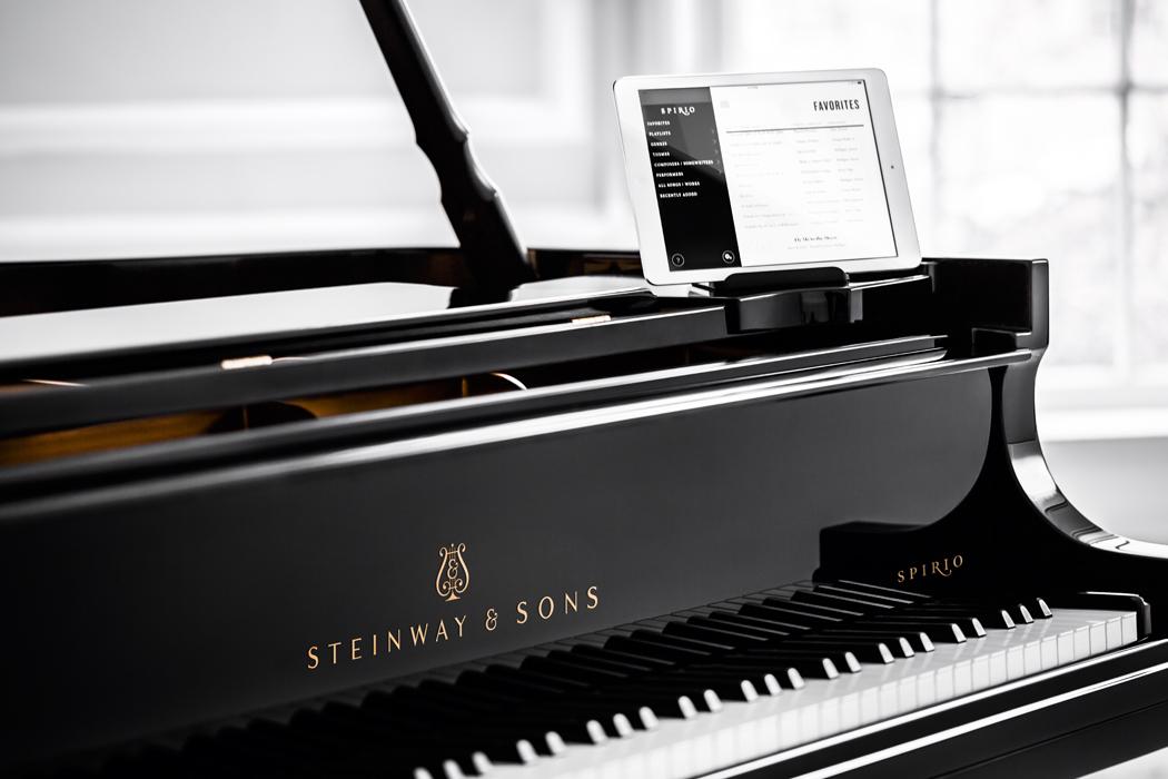 Steinway Spirio piano