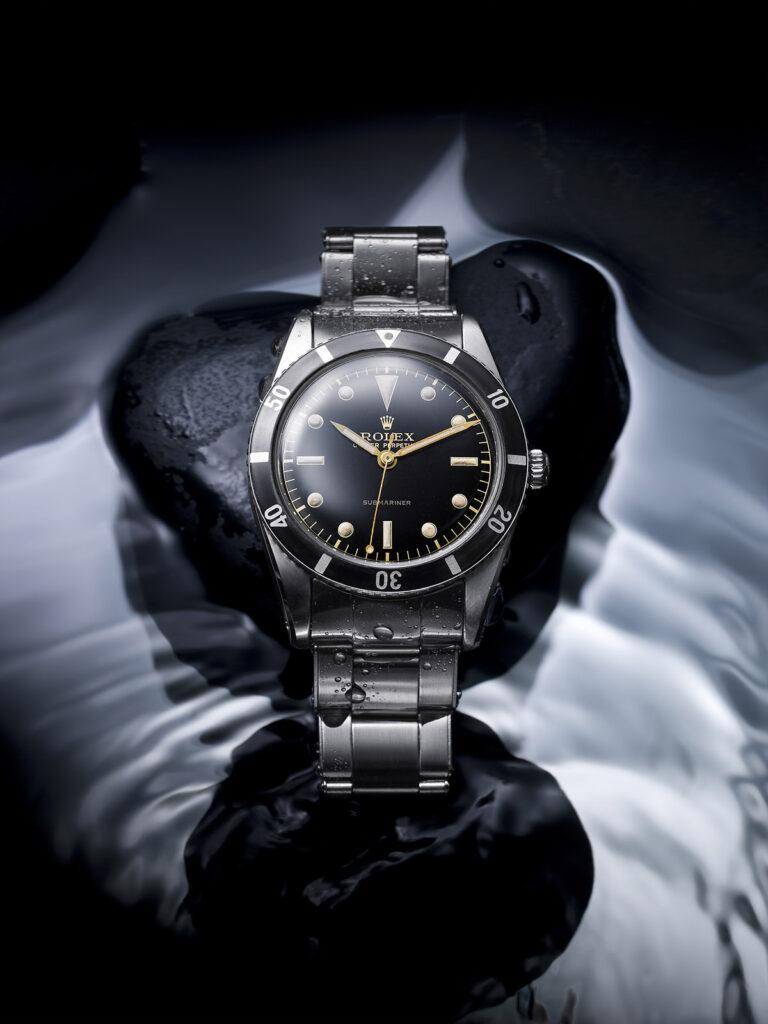 1953年發佈潛航者是首枚防水深達100米的潛水腕錶